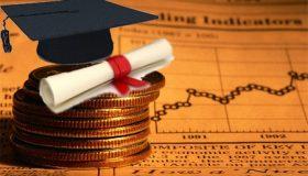 laurea college in economia e commercio